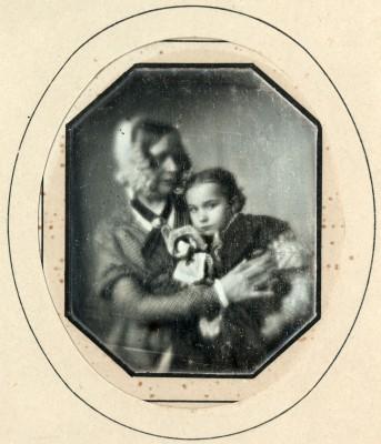 Carl August Steinheil, Elise Steinheil mit Tochter Lina, 1840/41, Daguerreotypie © Münchner Stadtmuseum, Sammlung Siegert