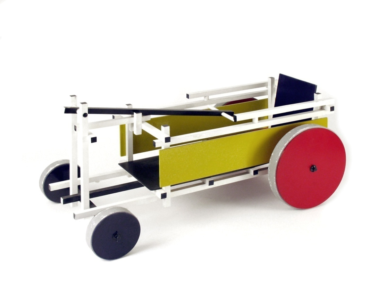 Gerrit Rietveld, Bollerwagen, 1918; 1500 Objekte modernen Designs erworben 2010 von der Klassik Stiftung Weimar © Klassik Stiftung Weimar