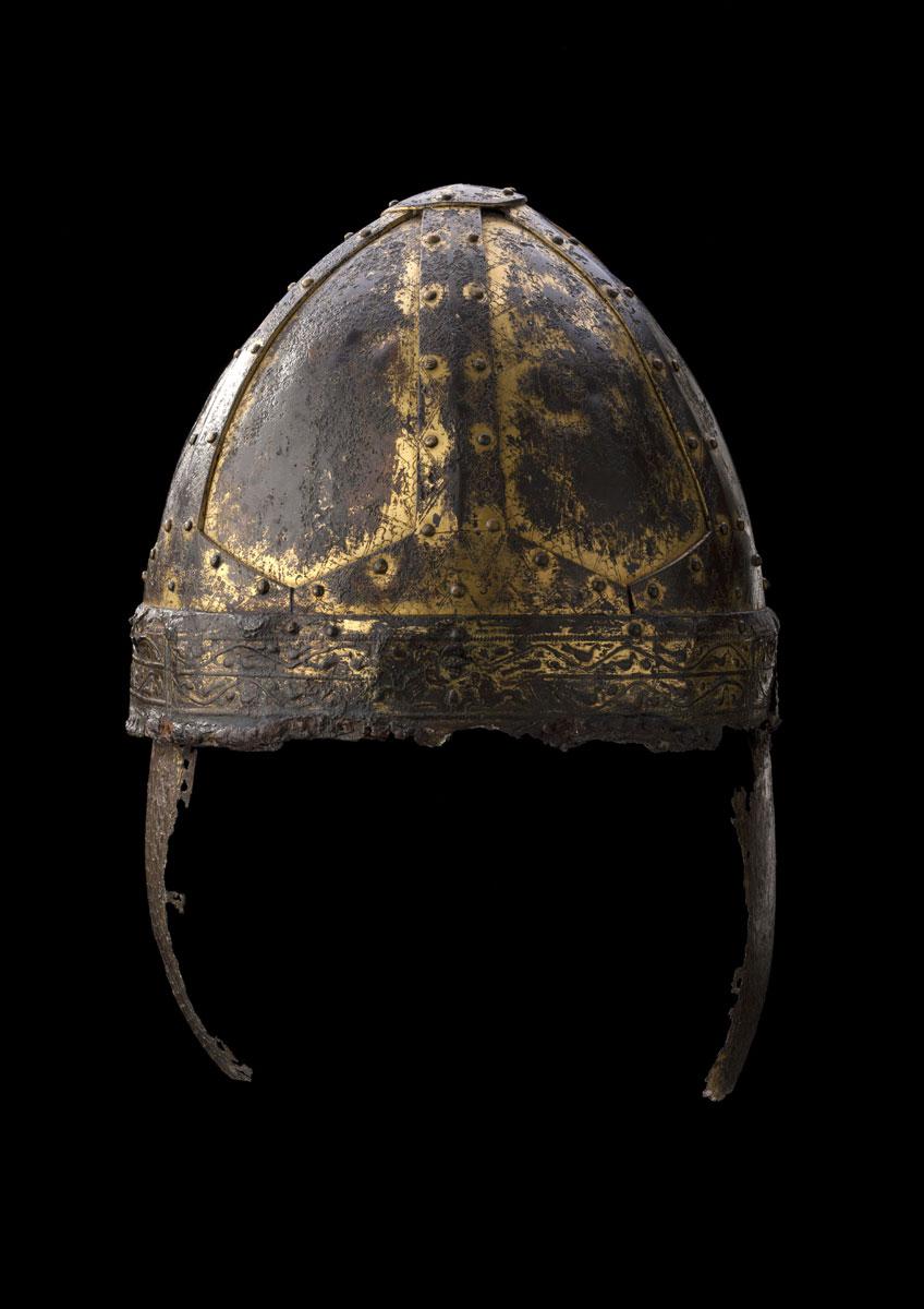 Fürstengrab von Gammertingen. Spangenhelm