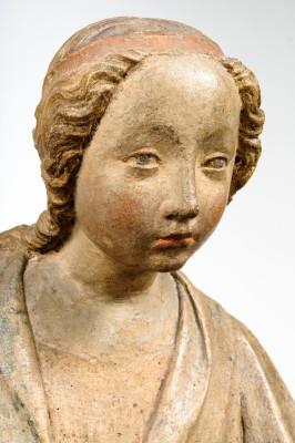 Thronende Madonna mit Kind, 1390/1400, Gussstein mit Farbresten, 72 x 41,5 x 31 cm © Bayerisches Nationalmuseum, München