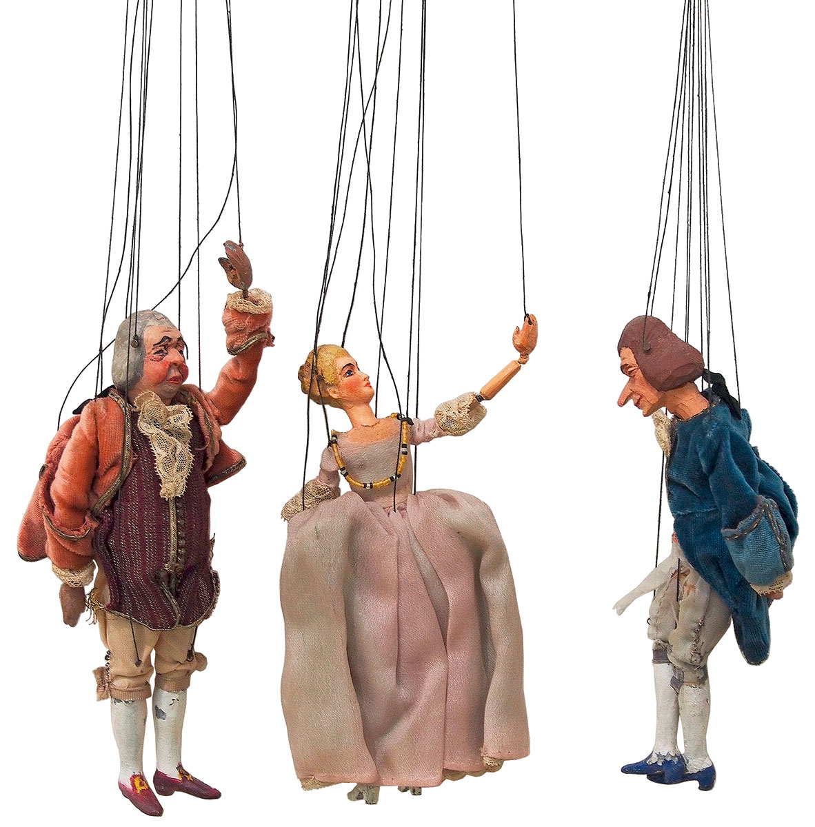 Herzog und Prinzessin, Marionetten von 1928, geschnitzt von Walter Oberholzer nach Entwürfen des Mainzer Malers Hans Kohl für Grimms Märchen