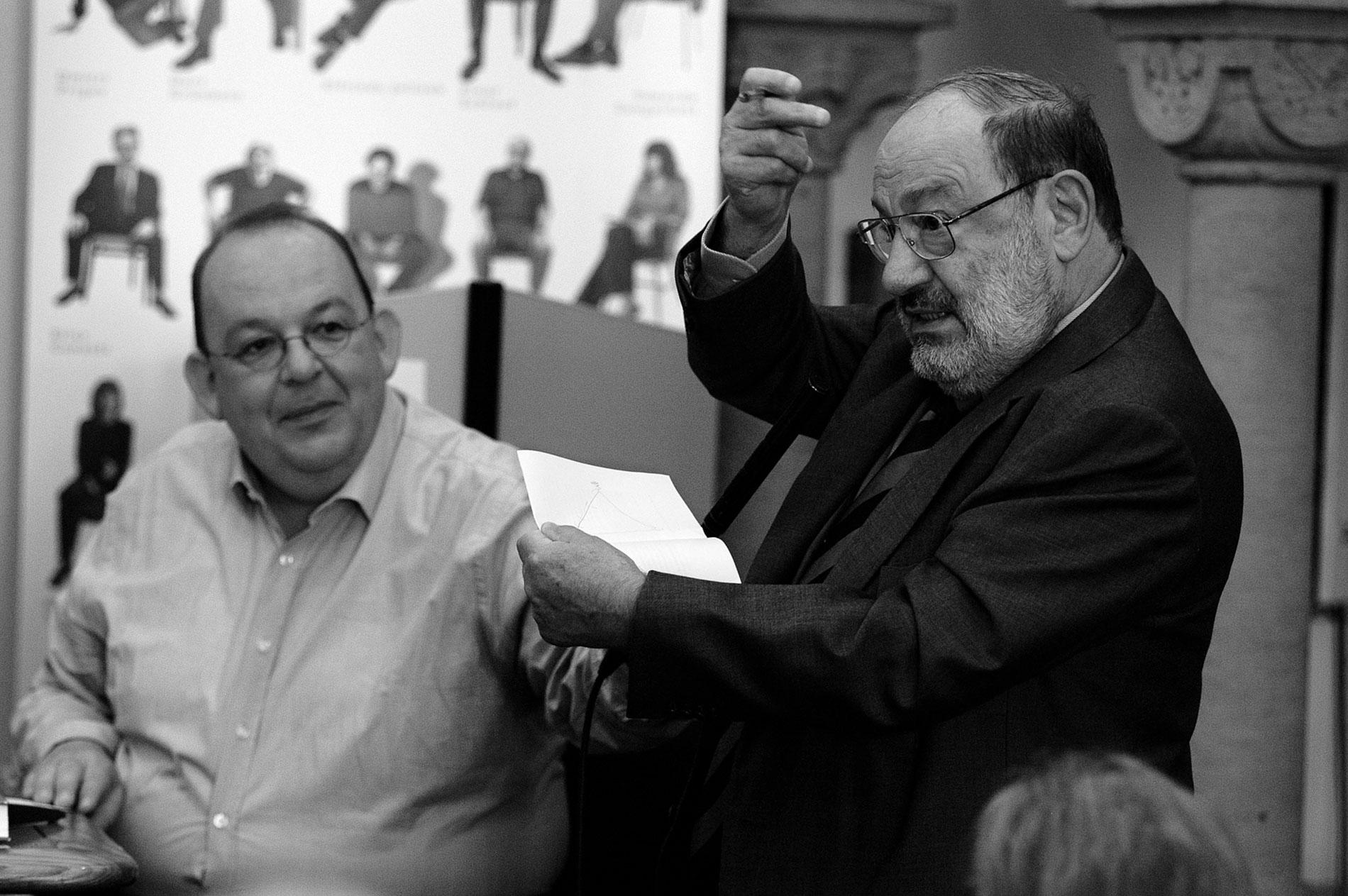 Umberto Eco bei einer Veranstaltung des Deutschen Übersetzerfonds im Literarischen Colloquium Berlin, 2007