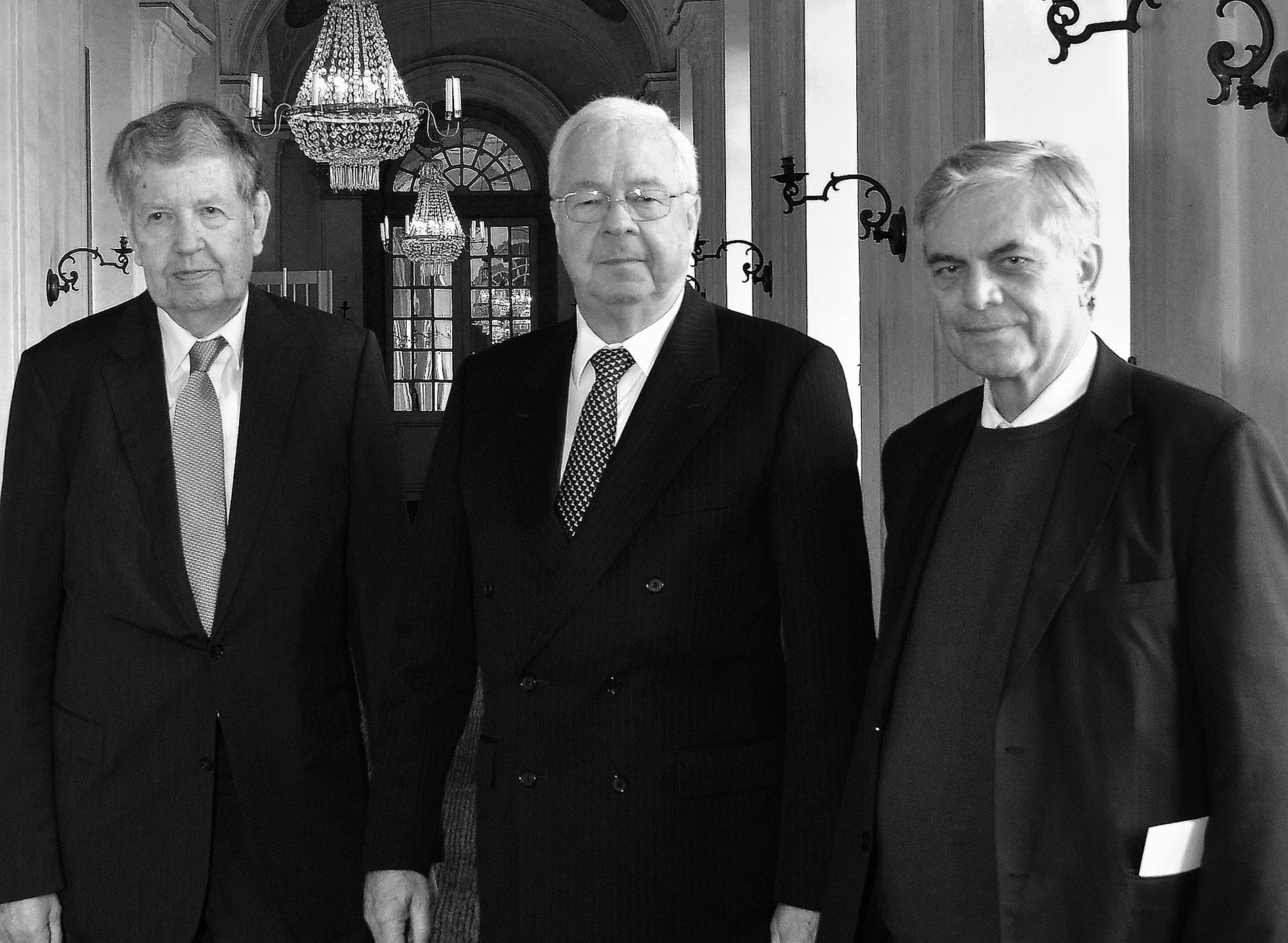 Auf der Mitgliederversammlung des Freundeskreises im November 2014 in Schloss Ludwigsburg: die scheidenden Vorstandsmitglieder Dieter Sellner, Dietrich H. Hoppenstedt und Elmar Weingarten (v.l.n.r.)