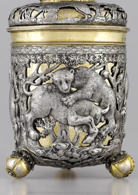 Vergoldeter Deckelbecher des Meisters ICG, um 1700