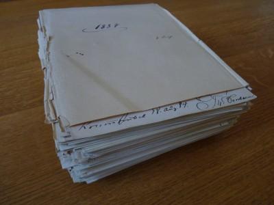 Das Friedlaender-Konvolut mit den handschriftlichen Briefen Fontanes an Georg Friedlaender Rechtevermerk: TFA, Delf von Wolzogen