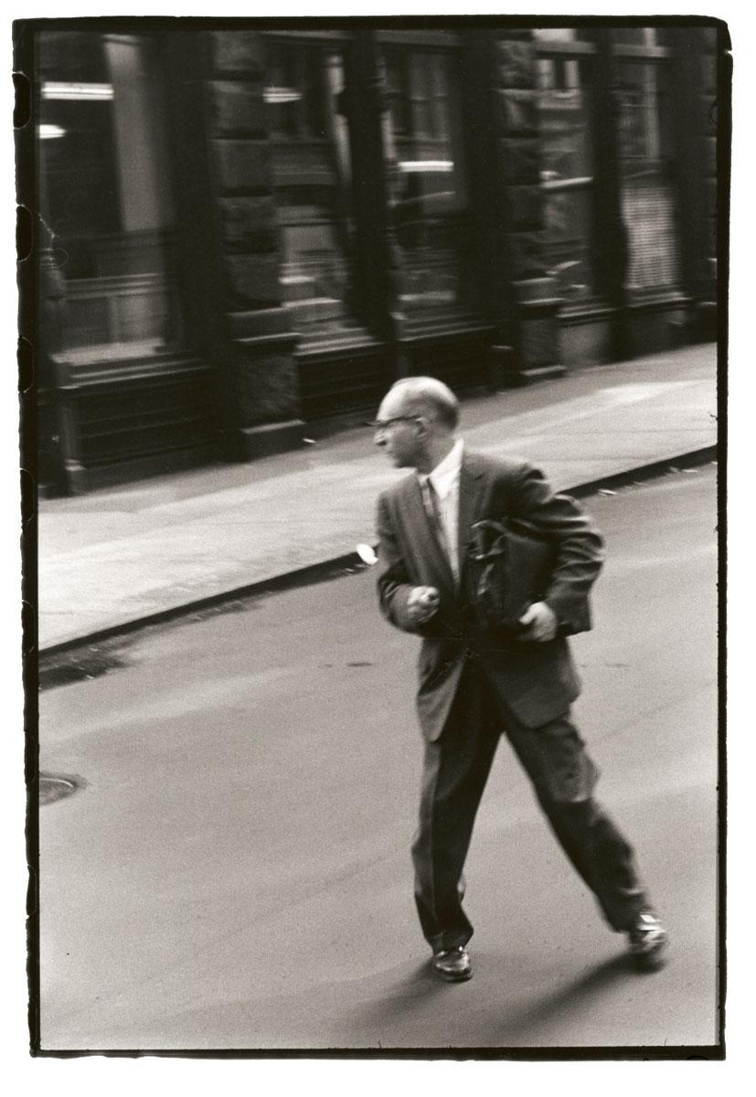 """Robert Frank, aus der 12-teiligen Serie """"From the Bus"""", New York 1958, Museum Folkwang, Essen"""