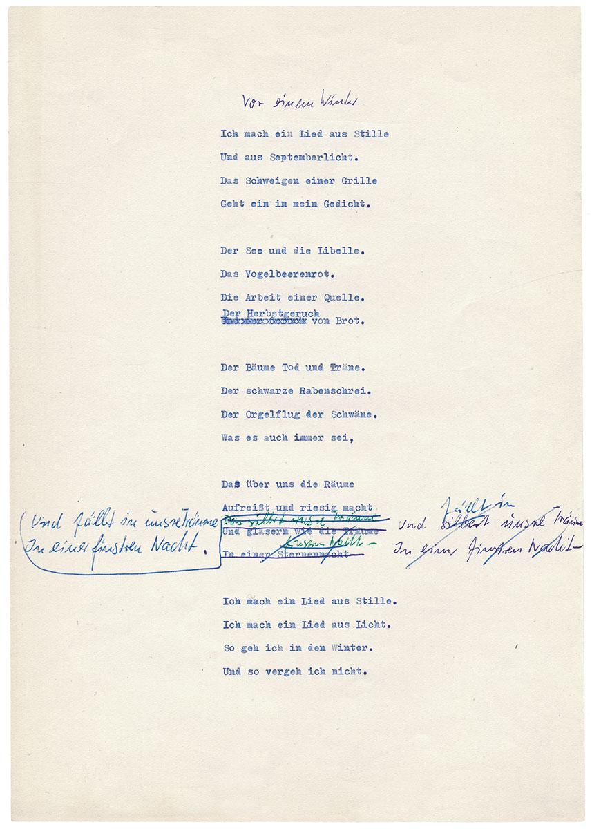 """Eva Strittmatters bekanntestes Gedicht """"Vor einem Winter"""", Typoskript-Fassung mit eigenhändigen Korrekturen, ohne Datum; Akademie der Künste, Eva-Strittmatter-Archiv, Berlin"""