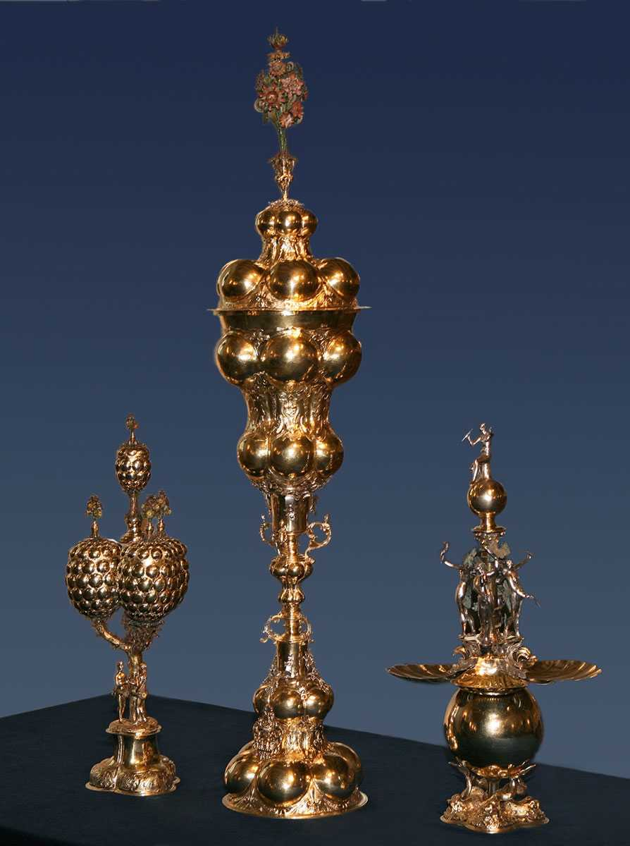 Die vergoldeten Silberpokale zurück in Celle