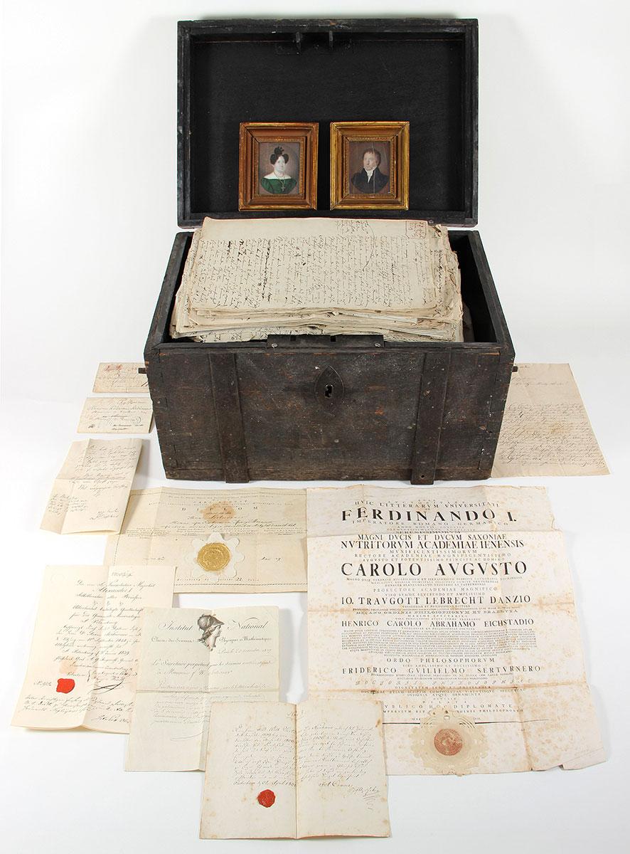 """Der Nachlass Friedrich Wilhelm Sertürners (1783-1841), bis dato verwahrt in einer hölzernen """"Schatztruhe"""""""