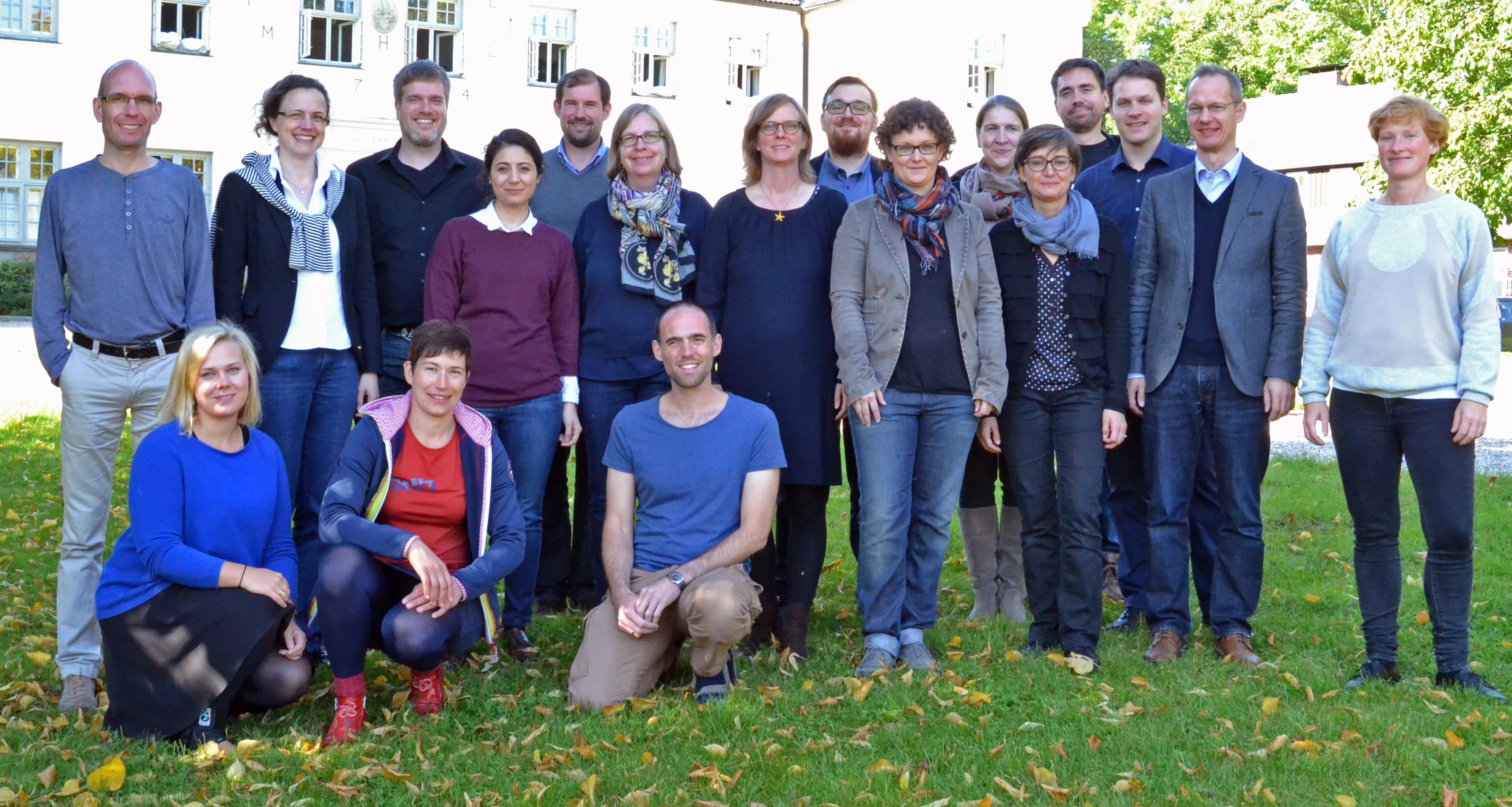 Stipendiatinnen und Stipendiaten der Museumsakademie Museion21 des Jahrgangs 2015 auf Gut Siggen bei Oldenburg © Alfred Toepfer Stiftung F.V.S.