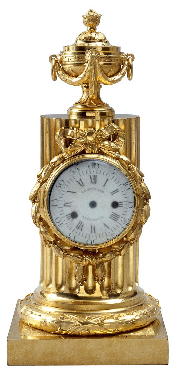 Ferdinand Bertoud, Pendule Uhr, Frankreich um 1770, Höhe 36 cm; Schloss Ludwigslust © Staatliches Museum Schwerin/ Foto: Michael Setzpfand