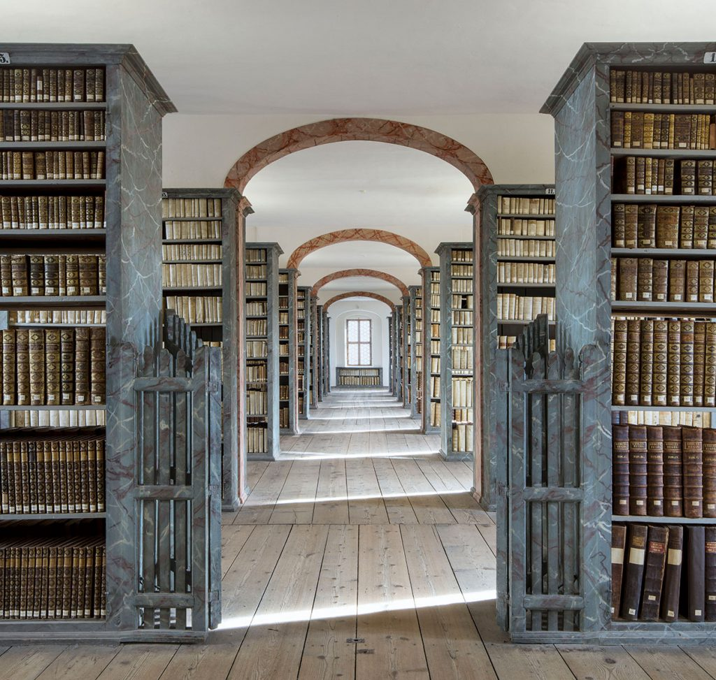 Blick in die sogenannte Kulissenbibliothek der Franckeschen Stiftungen zu Halle © Franckesche Stiftungen zu Halle