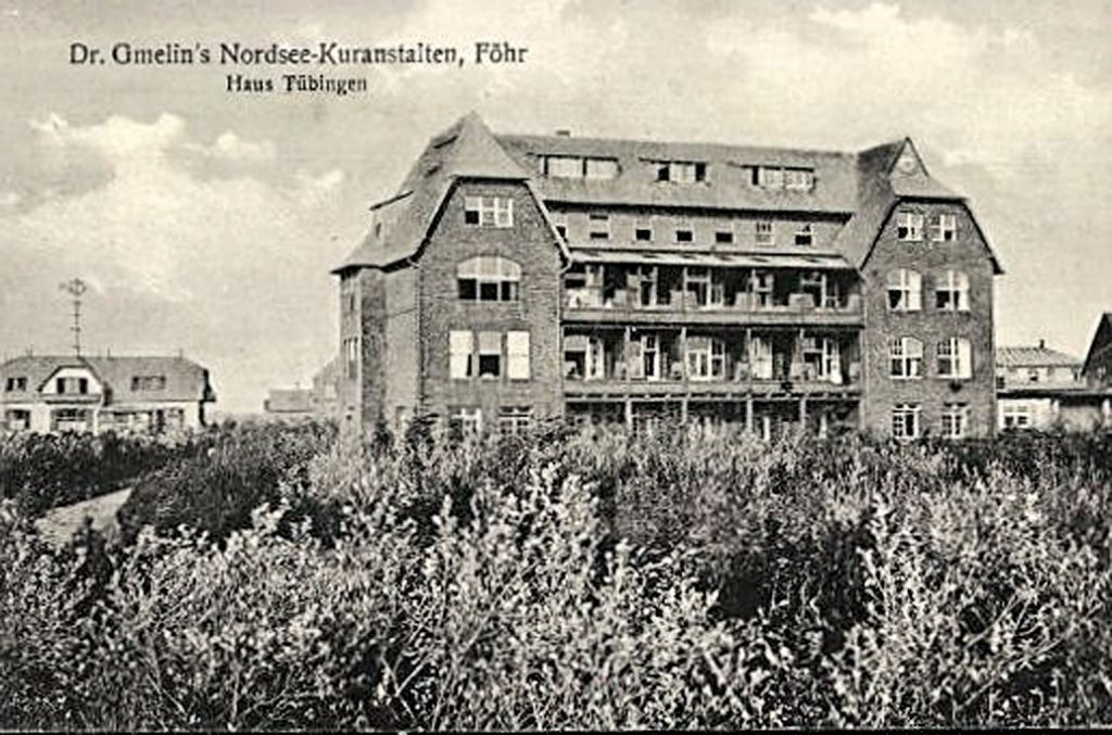 Haus Tübingen, Dr. Gmelins Nordsee-Kuranstalten auf Föhr, Postkarte von 1910; © Bröhan-Museum, Berlin / Foto: Martin Adam, Berlin