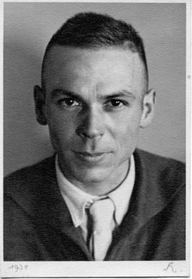 Portraitfoto von Erich Spiessbach, 1931, Inv. Nr. 12160, 11,5 x 11,5 cm, Sammlung Prinzhorn, Universitätsklinikum Heidelberg © Stiftung Schloss Friedenstein Gotha