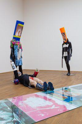 Isa Genzken, Schauspieler II, 8, 11, 12, 2014 und Untitled, 2014; MMK Museum für Moderne Kunst Frankfurt am Main; © VG Bild-Kunst, Bonn 2017, Foto: Axel Schneider