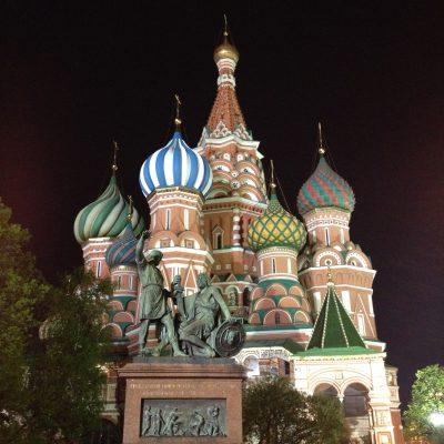 Die Basilius-Kathedrale bei Nacht