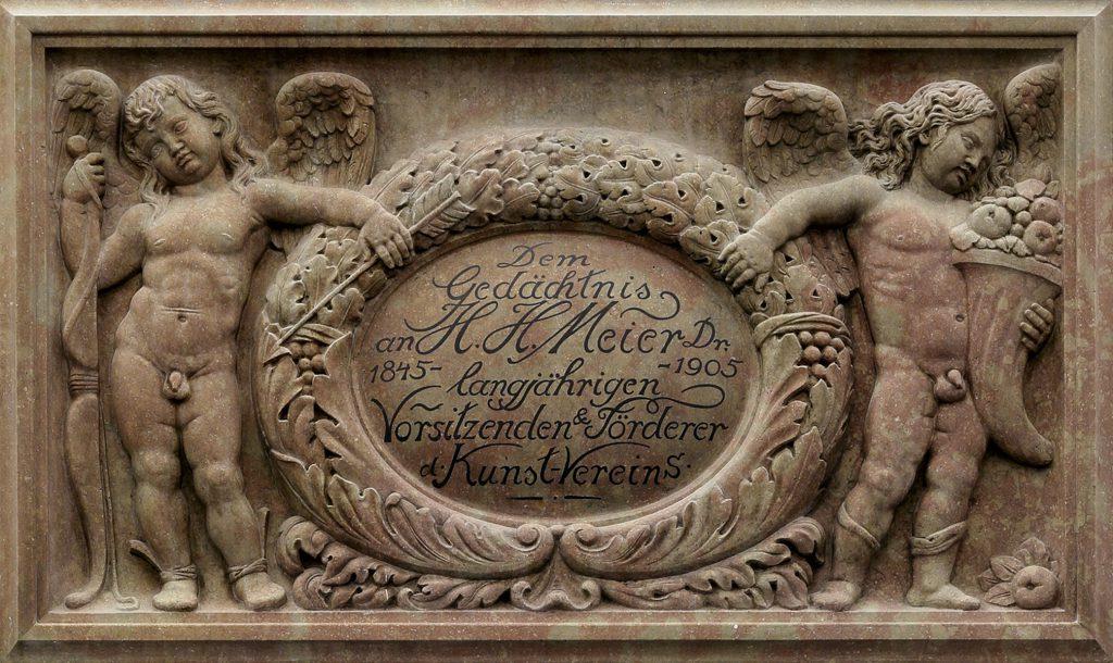Relief im Gedenken an H. H. Meyer im alten Kupferstichkabinett; © Kunsthalle Bremen – Der Kunstverein in Bremen
