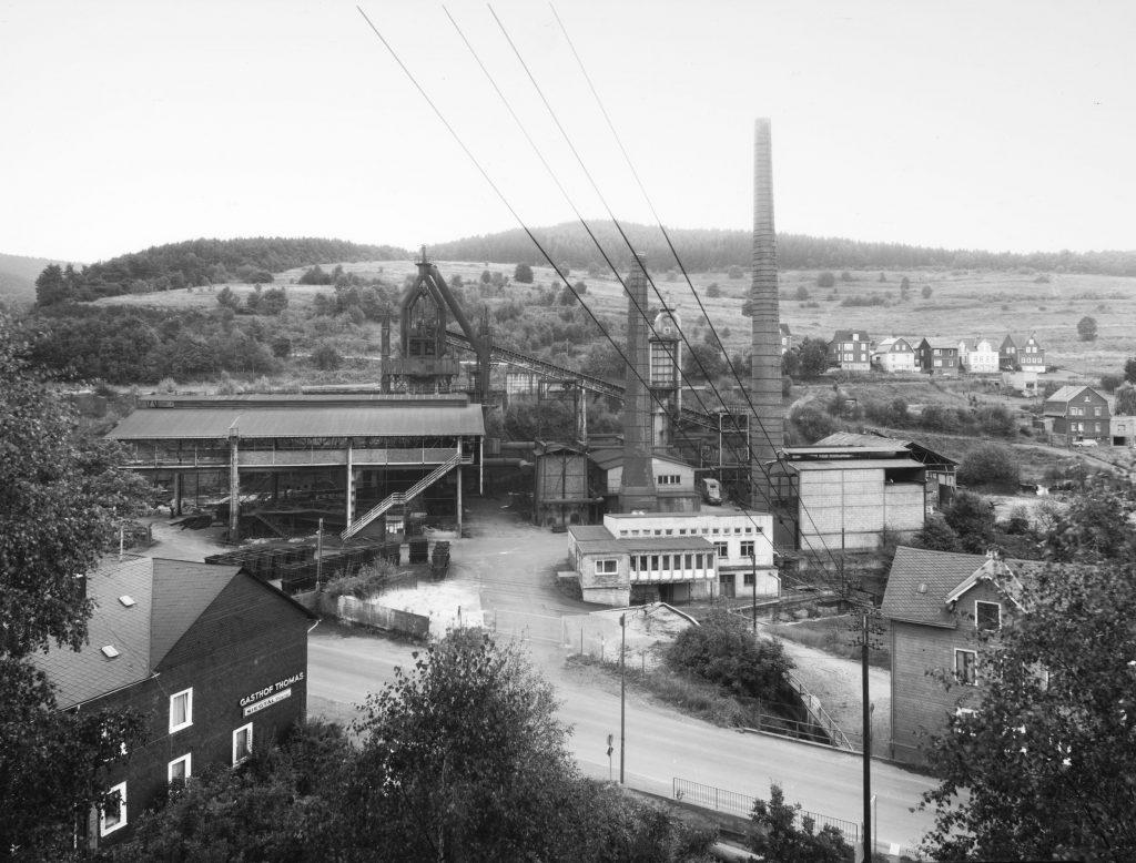 Bernd und Hilla Becher, Industrielle Landschaften: Eiserfelder Hütte, 1972; Sammlung Museum für Gegenwartskunst Siegen; © Estate Bernd und Hilla Becher / Foto: Thomas Kellner