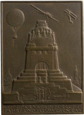 Bruno Eyermann, Ballon-Fuchsjagd, Bronze, 1925; Universitätsbibliothek Leipzig