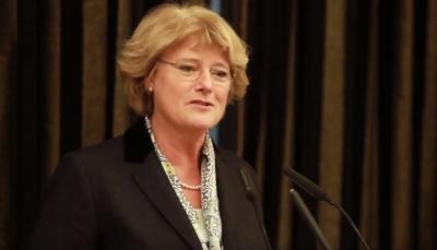 Die Staatsministerin für Kultur und Medien, Prof. Monika Grütters betont die Rolle der Kulturstiftung der Länder in der Kulturpolitik als Vermittlerin zwischen Öffentlichkeit und Kunstmarkt und lobt die Leistungen der letzten 30 Jahre.