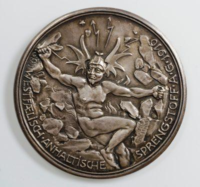 Westfälisch-Anhaltische Sprengstoff AG, Silbermedaille (Rückseite) 1916, 60,44 mm, 79,74 g; © Kulturstiftung Sachsen-Anhalt Foto: Ulf Dräger