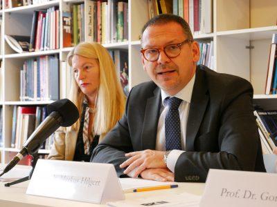 Dr. Britta Kaiser-Schuster, Prof. Dr. Markus Hilgert; Pressekonferenz Künstlervor- und -nachlässe © Foto: Johannes Fellmann
