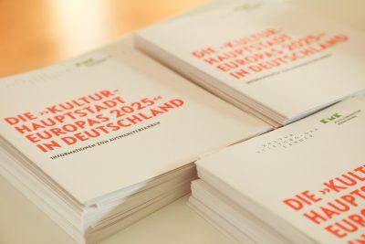 Presseeinladung zur Pressekonferenz zur Kulturhauptstadt Europas 2025, Pressekonferenz am 01. Oktober 2019 in den Räumen der Kultusministerkonferenz, Bekanntgabe der deutschen Bewerberstädte um den Titel Kulturhauptstadt Europas 2025