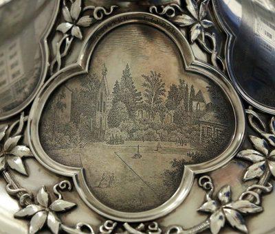 Deckelterrine auf Présentoir für den Ruppiner Landrat Friedrich Wilhelm von Schenckendorff, Detail Deckel Kloster Lindow, 1860; © Museen Alte Bischofsburg, Wittstock a. d. Dosse