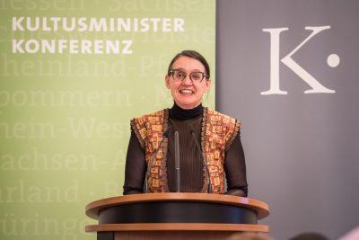 Sylvia Amann, Jury-Vorsitzende vor der Verkündung der erfolgreichen Bewerberstädte; © Kulturstiftung der Länder/Ralf Rühmeier