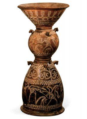 Gefäßständer (Holmos) der Villanova-Kultur in Italien, um 650–630 v.Chr. in seinem ursprünglichen Zustand; © Museum für Kunst und Gewerbe Hamburg, Foto: Maria Thrun