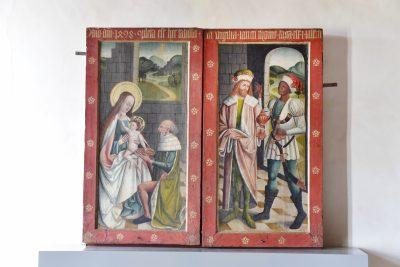 Oberpreilipper Annenaltar, geschlossener Altar mit Darstellung des Jesus Kindes mit den Heiligen Drei Königen, 1498, 122,0 × 128,0 cm × 14,0 cm, © Stadt Saalfeld/Saale