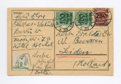 Else Lasker-Schüler aus Berlin an N. J. Beversen in Leiden, Postkarte mit Selbstporträt, 30. November 1923. © DLA Marbach