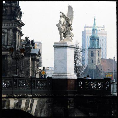Manfred Hamm, Berlin-Mitte, Schlossbrücke, 2000; © Stadtmuseum Berlin | Foto: Manfred Hamm